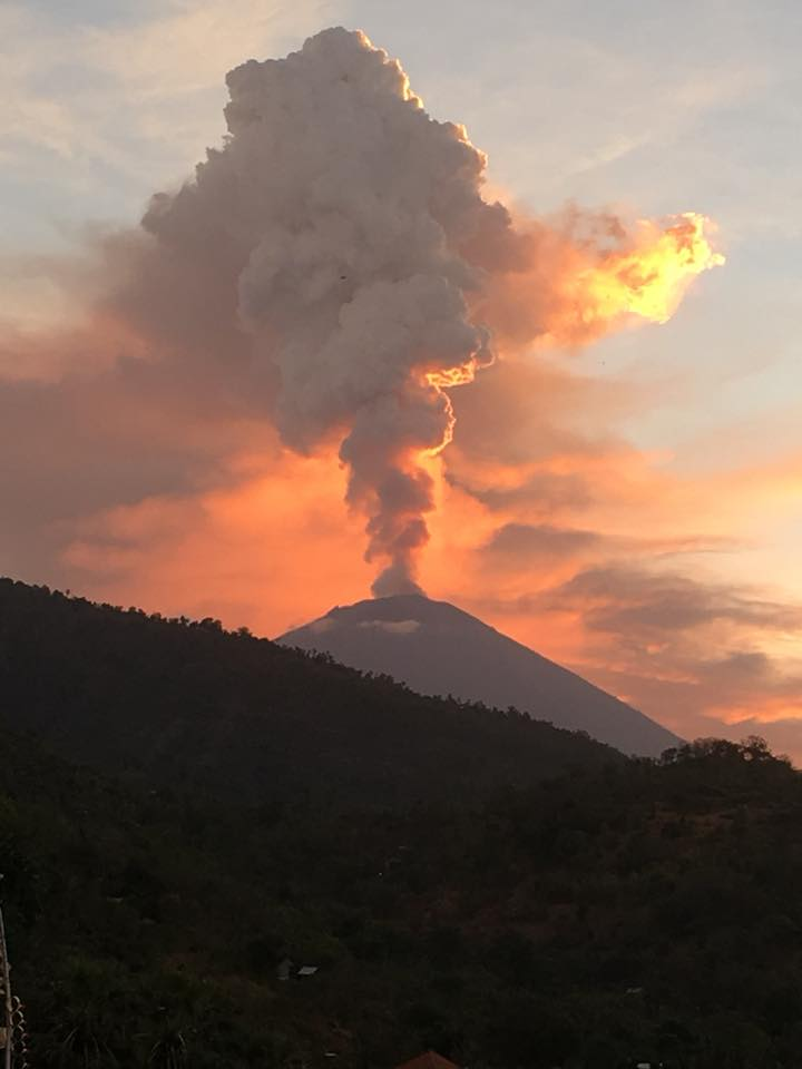 Agung volcano eruption on June 28 2018, Agung volcano eruption on June 28 2018 pictures, Agung volcano eruption on June 28 2018 video, Agung volcano eruption on June 28 2018 news