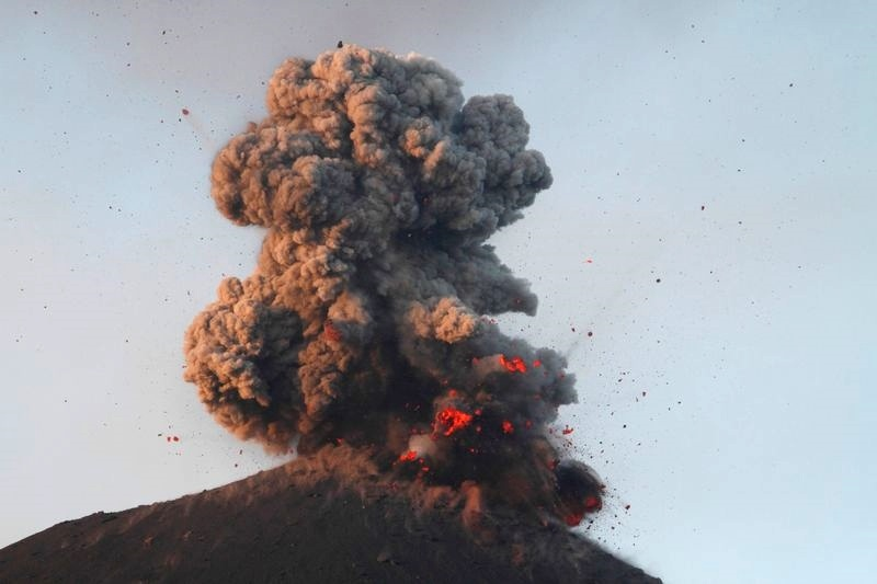 Anak krakatau eruption, Anak krakatau eruption july 2018, Anak krakatau eruption july 2018, pictures, Anak krakatau eruption july 2018 video