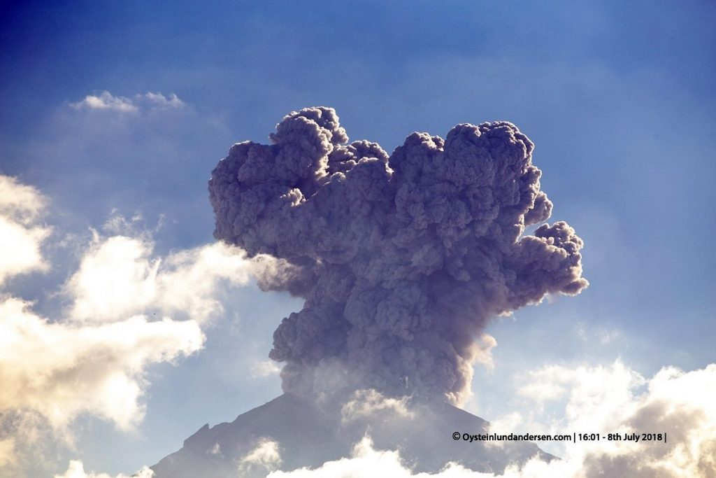 agung volcano july 2018, agung volcano july 2018pictures, agung volcano july 2018 video