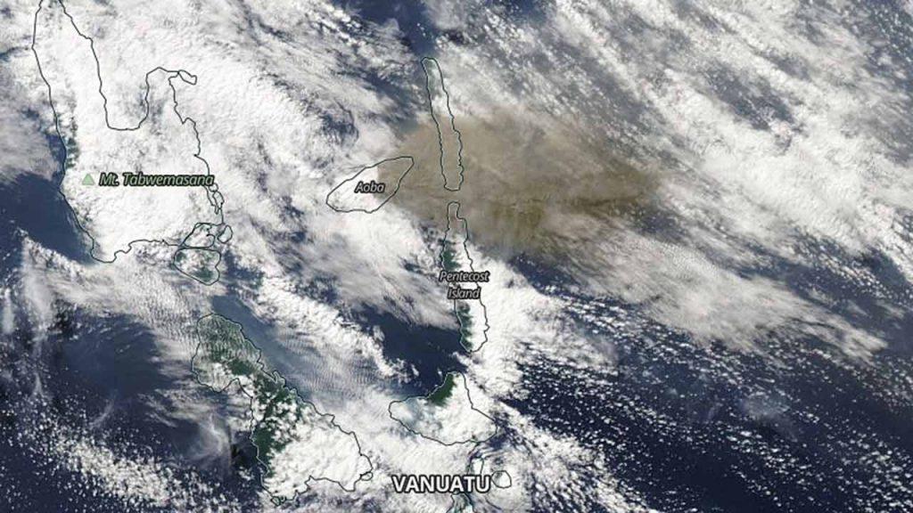 ambae volcano ash, ambae volcano ash evacuation, ambae volcano ash evacuation july 2018