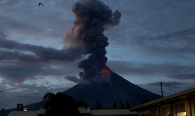 eruption Mayon volcano july 2018