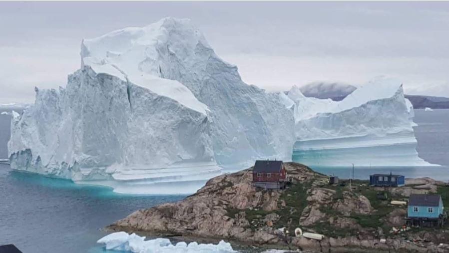 iceberg greenland, iceberg terrifies greenland, giant iceberg greenland, giant iceberg terrifies greenland community