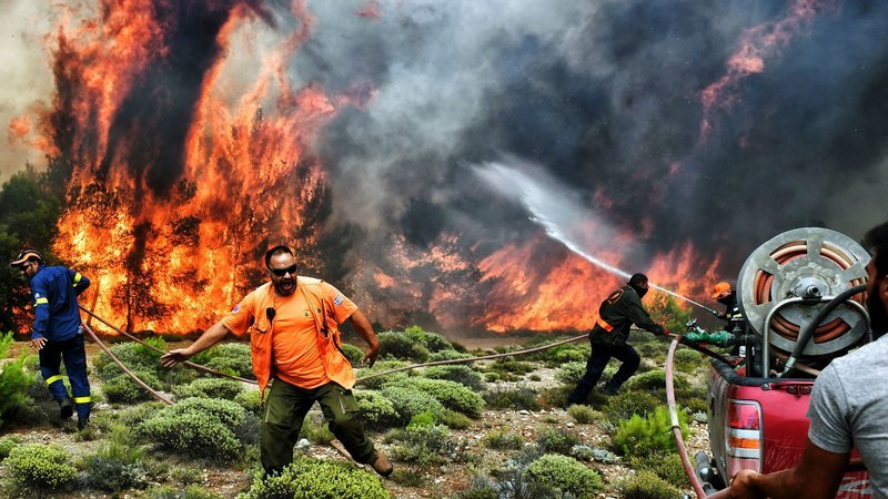 heatwave and deadly wildfires europe, heatwave europe, wildfire europe, wildfire europe risk