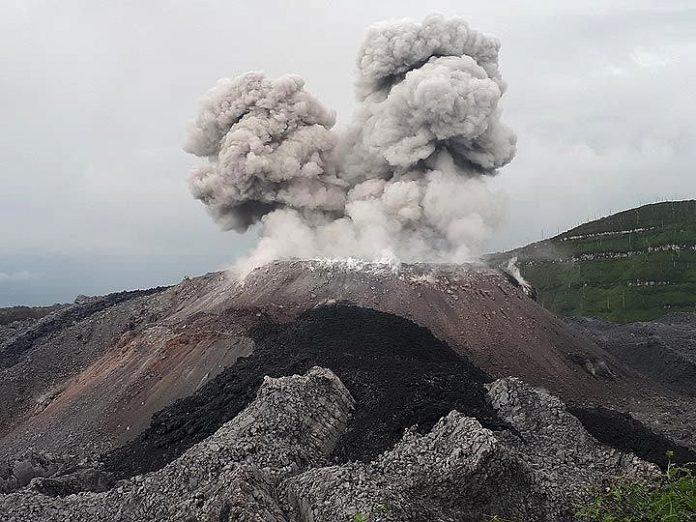 ibu volcano eruption, ibu volcanic eruption, ibu volcano eruption july 2018