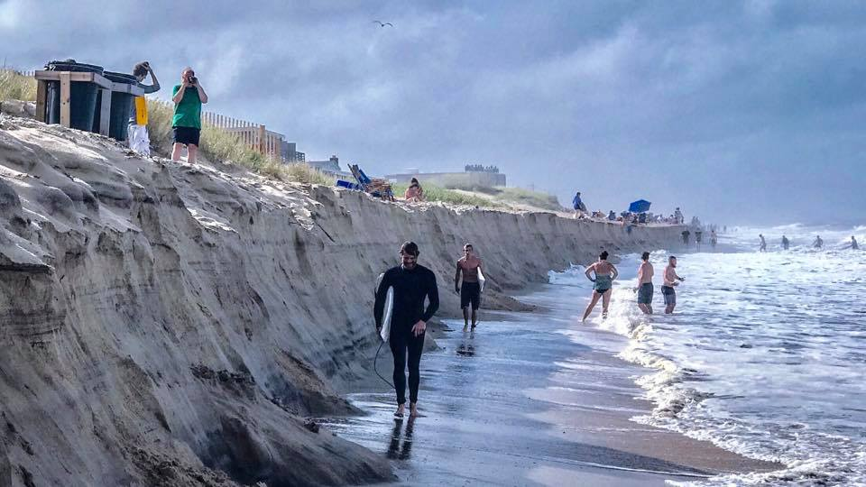 Mysterious cliff appears out of nowhere on North Carolina beach, Mysterious cliff appears out of nowhere on North Carolina beach july 2018, Mysterious cliff appears out of nowhere on North Carolina beach video, Mysterious cliff appears out of nowhere on North Carolina beach july 2018 video, Mysterious cliff appears out of nowhere on North Carolina beach july 2018 pictures