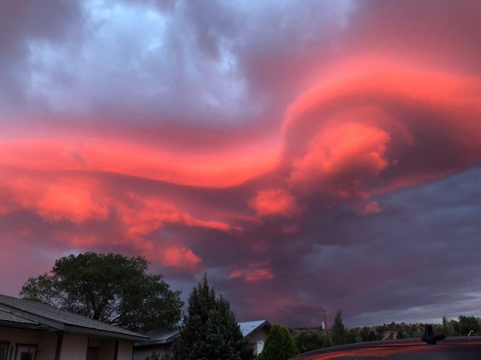 red lenticular clouds gallup new mexico, red lenticular clouds gallup new mexico july 2018, lenticular clouds sunset new mexico pictures, red lenticular clouds gallup new mexico pictures, red lenticular clouds gallup new mexico video
