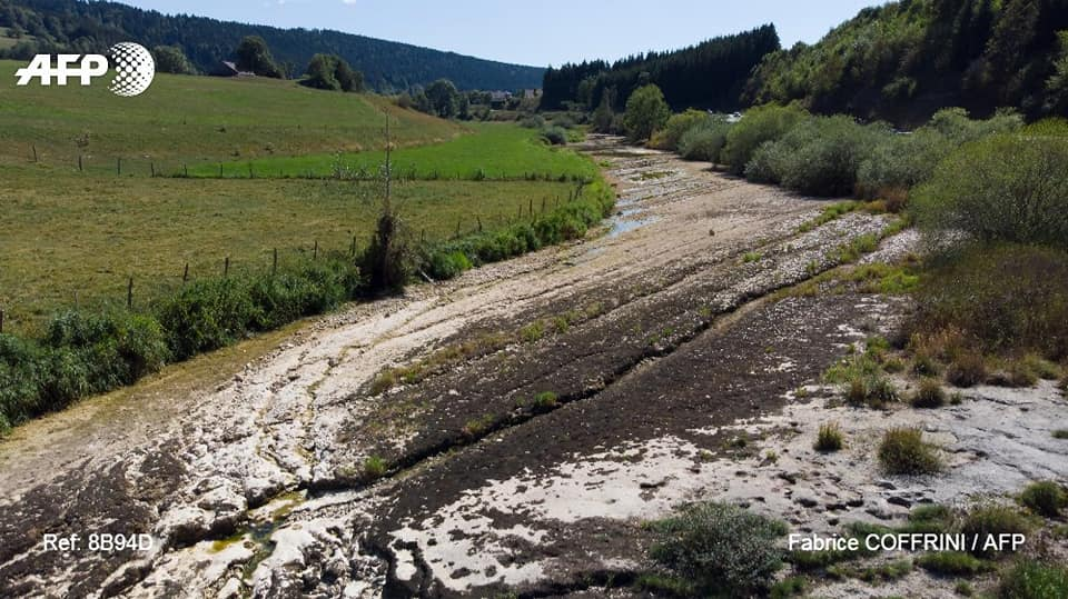The Doubs River has disappeared, The Doubs River has disappeared august 2018, rivers disappear france august 2018, rivers disappearing france august 2018, rivière disparaissent france, le doubs a disparu, la riviere du douds a disparue