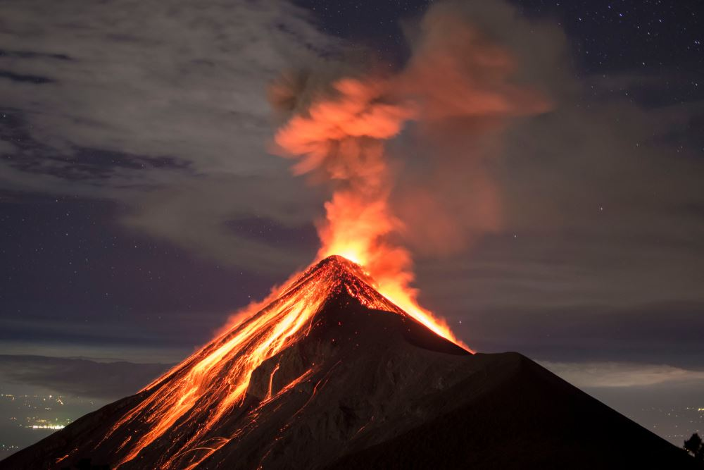 fuego volcano eruption september 2018, fuego volcano eruption september 2018 picture, fuego volcano eruption september 2018 video