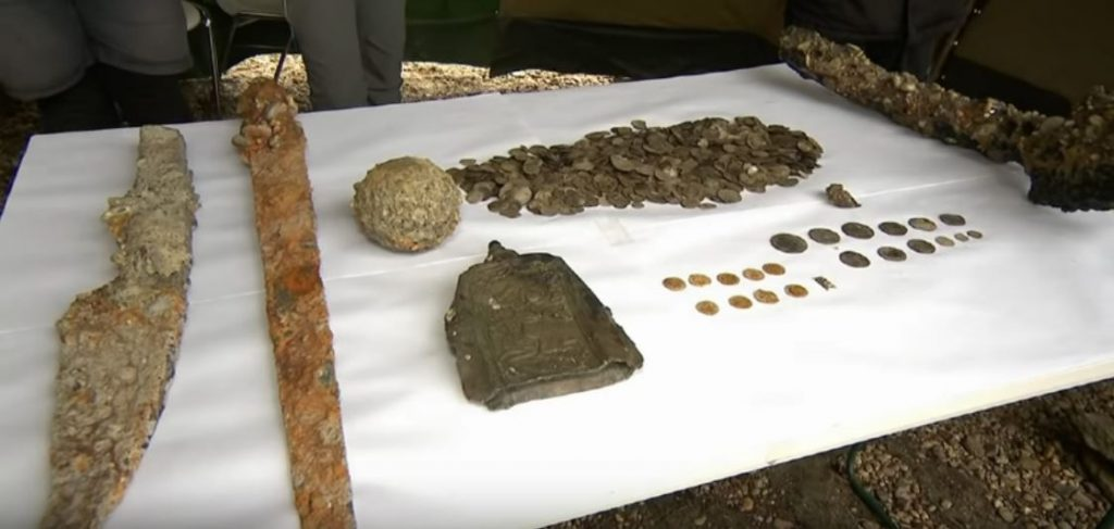archeologists find treasures in dried up danube river bucharest romania, dry danube river, danube is dry, drought dries up danube in romania