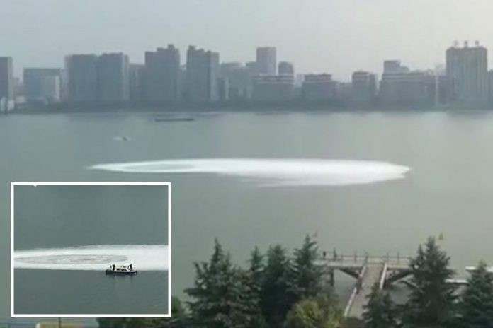 mysterious whirlpool quiantang river china, mysterious whirlpool quiantang river china pictures, mysterious whirlpool quiantang river china video
