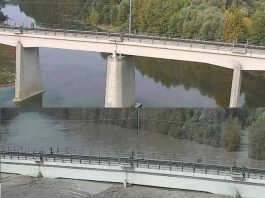 river italy floods bridge, flooding italy, italy under water