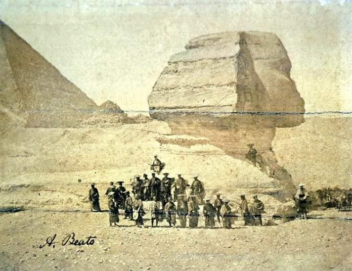 samurai sphinx egypt, samurai sphinx egypt1864, A group of Samurai in front of Egypt's Sphinx 1864