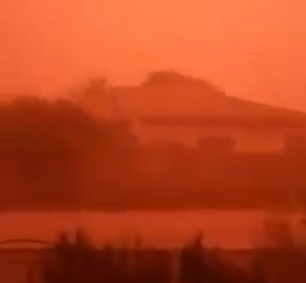 sandstorm south africa, sandstorm south africa video, rare sandstorm south africa, red sandstorm south africa, alexander bay turns red after rare sandstorm, Rare red sandstorm descends on Alexander Bay video