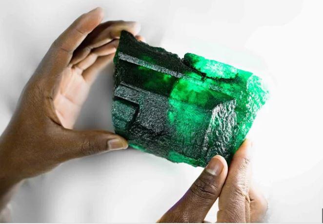 giant emerald zambia, giant emerald zambia africa, giant emerald crystal zambia