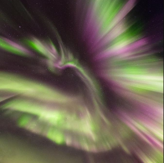 Look at this fiery PHOENIX in the sky over Norway! Phoenix-aurora-norway-1