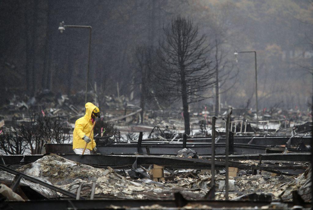 rain california wildfire, snow california wildfire, rain california wildfire video, snow rain california wildfire video