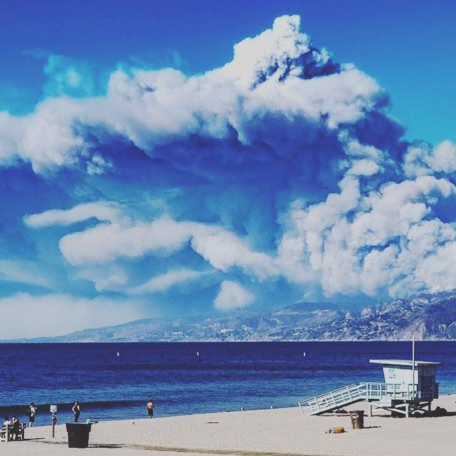 smoke california volcanic eruption, california fires, socal fires november 2018