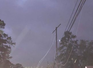 Deadly tornadic storms hit southern U.S., Deadly tornadic storms hit southern U.S. november 1 2018, Deadly tornadic storms hit southern U.S. 2018 video, Deadly tornadic storms hit southern U.S. pictures