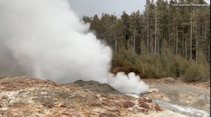 steamboat geyser 25 eruptions 2018, steamboat geyser 25 eruptions halloween 2018, steamboat geyser 25 eruptions 2018 video, steamboat geyser 25 eruptions 2018 pictures