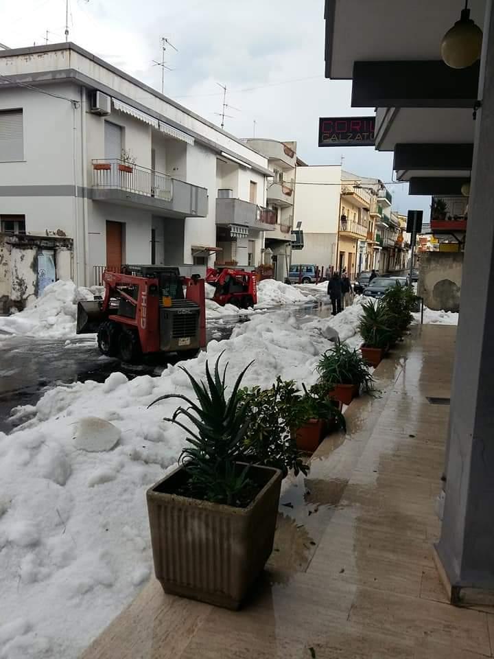 hailstorm sicily, hailstorm messina sicily, extreme weather messina sicily, hailstomr messina pictures and videos