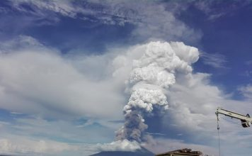 manam volcano eruption png december 8 2018, manam volcano eruption png december 8 2018 picture, manam volcano eruption png december 8 2018 video