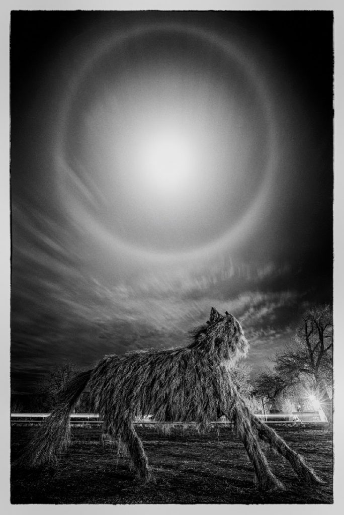 moon halo, moon halo picture, moon halo picture december 2018