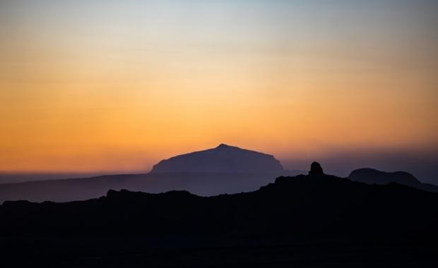 seismic swarm extinct volcano iceland, seismic swarm extinct volcano iceland december 2018