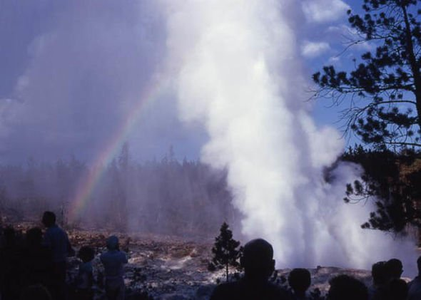steamboat geyser eruption record 2018, steamboat geyser eruption record 2018 video, steamboat geyser eruption record 2018 pictures, Record Breaking #30 Steamboat Geyser Eruption Yellowstone SuperVolcano
