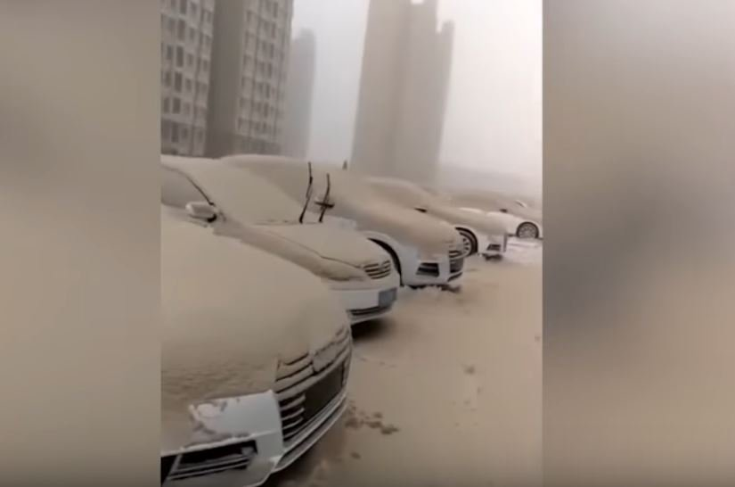 yellow snow dust desert china, yellow snow dust desert china video, yellow snow dust desert china picture