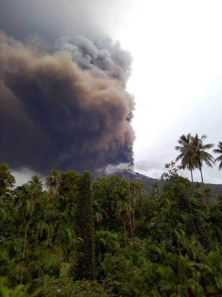manam volcano eruption january 2019, manam volcano eruption january 2019 pictures, manam volcano eruption january 2019 video