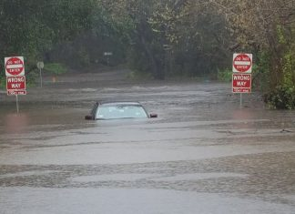 California winter storm Nadia, california storm floods mudslide picture, california storm floods mudslide video