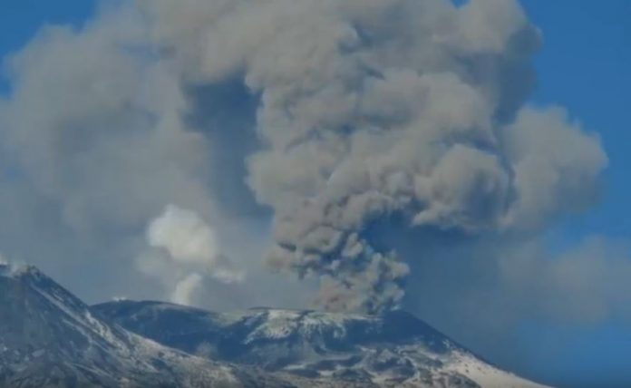 etna volcano eruption, etna volcano eruption feb 2019 etna volcano eruption feb 2019 video