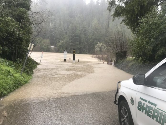 floods russian river guernevill california, atmospheric river california february 27 2019, floods guerneville california, rain northern california