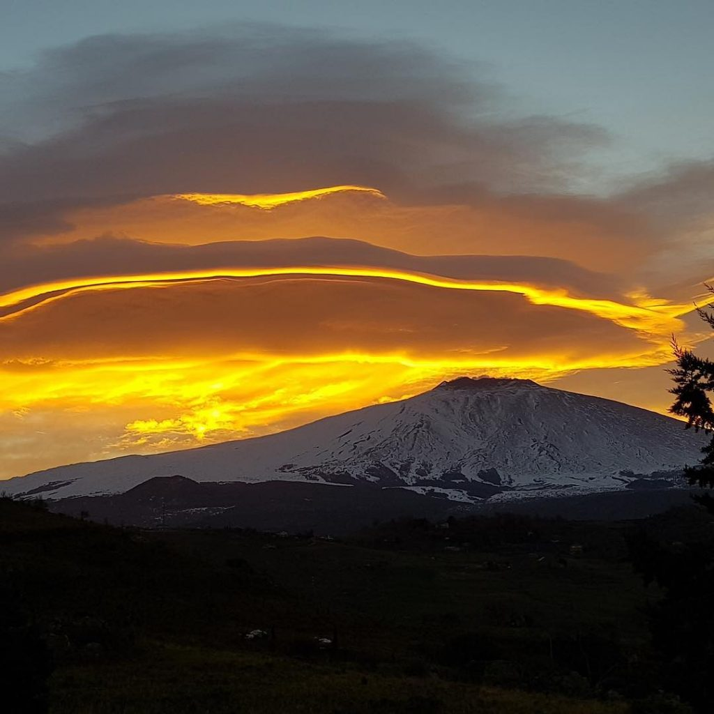 lenticular clouds etna, lenticular clouds etna pictures, lenticular clouds etna february 2019