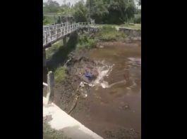 sinkhole swallows river indonesia, sinkhole swallows river indonesia video, sinkhole swallows river indonesia photo, sinkhole swallows river indonesia geology, geology news, sinkhole news