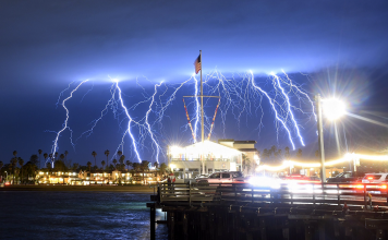 anomalous lightning storm southern california, anomalous lightning storm southern california video, anomalous lightning storm southern california pictures, atmospheric river california march 2019