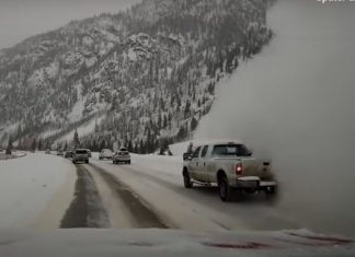 snow avalanche engulfs car colorado, snow avalanche engulfs car colorado video, snow avalanche engulfs car colorado march 2019