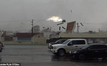 tornado arkansas louisiana march 2019, 10 tornado arkansas louisiana march 2019, tornado arkansas louisiana march 2019 video, tornado arkansas louisiana march 2019 pictures