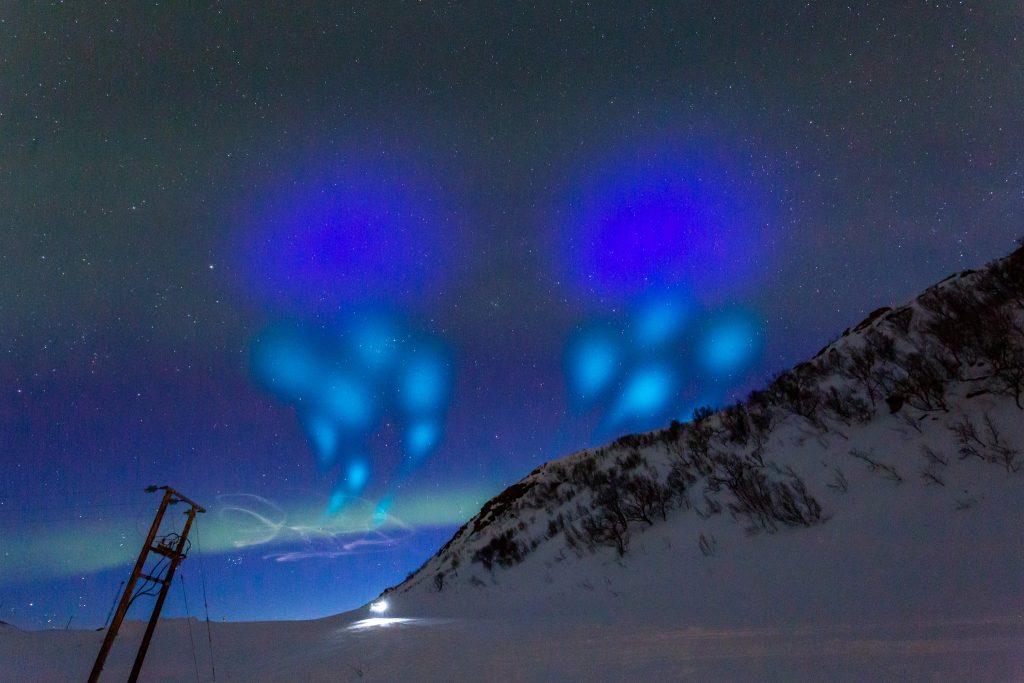aurora azure rocket sky ufo, strange sky phenomenon, mysterious light in the sky, sky experiement sweden