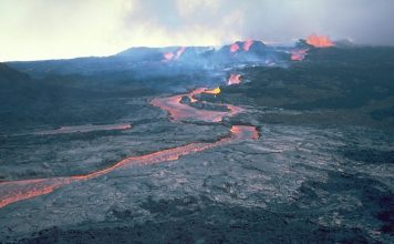 mauna loa eruption, mauna loa activity, mauna loa eruption increases, mauna loa eruption april 2019