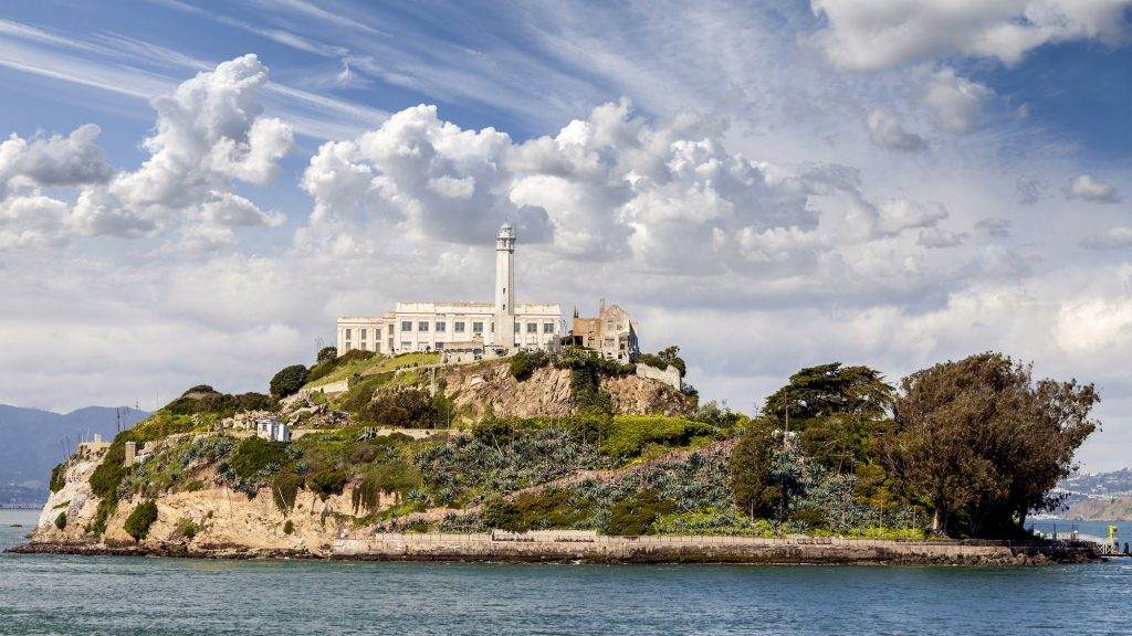 Archeologists uncover military structures buried beneath Alcatraz Alcatraz-military-history-1024x576