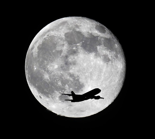 blue moon, blue moon may 18 2019, what is a blue moon, blue moon may 2019 photo