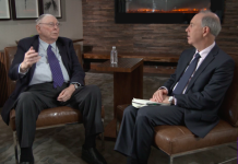 Charlie Munger and Andy Serwer discussing about US health Care