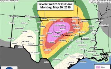 high risk weather outlook oklahoma texas tornado flooding