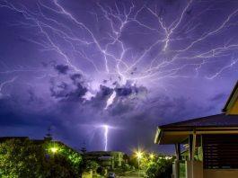 lightning death cyclone fani, lightning death cyclone fani may 2019, lightning death cyclone fani video