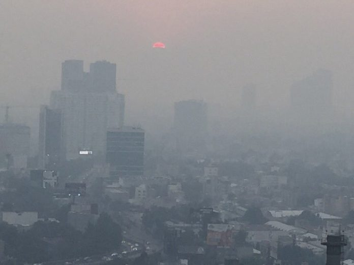 smoke over Mexico city due to fires