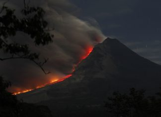 sinabung eruption may 2019, sinabung eruption may 25 2019, sinabung eruption video