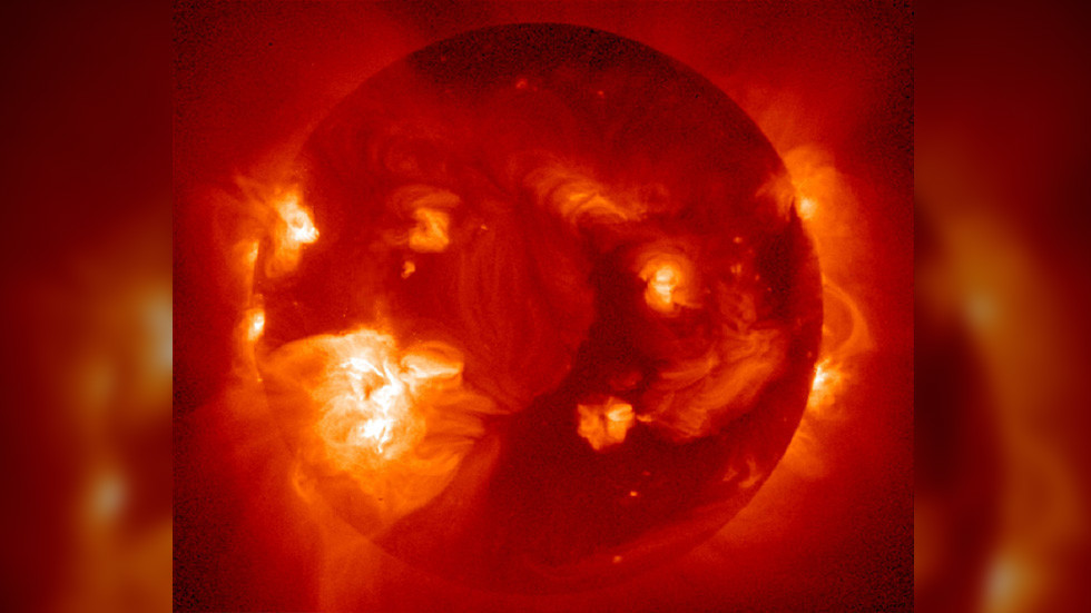 solar storm may 2019, solar storm may 2019 satellite, solar storm may 2019 gps, series of cmes, northern lights may 2019