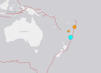 M7.2 earthquake new zealand tsunami warning