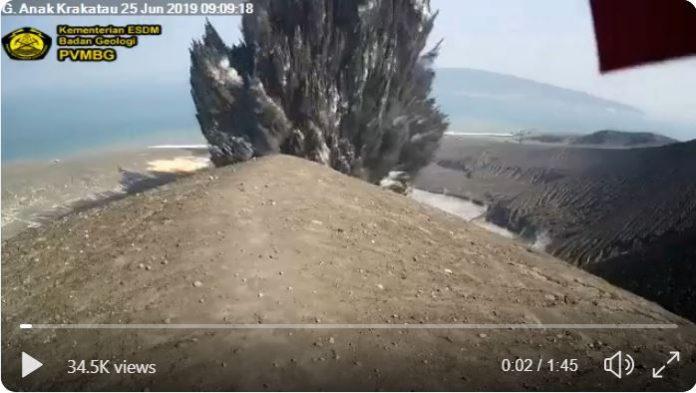 Anak Krakatau eruption on June 25 2019 video, Anak Krakatau eruption on June 25 2019 video picture